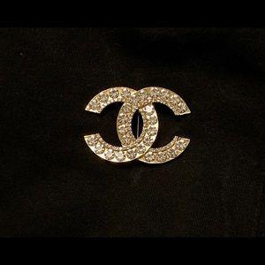 Jewelry - Chanel brooch